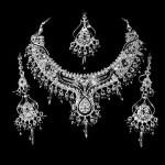 Серебро в образе: модные тенденции 2016